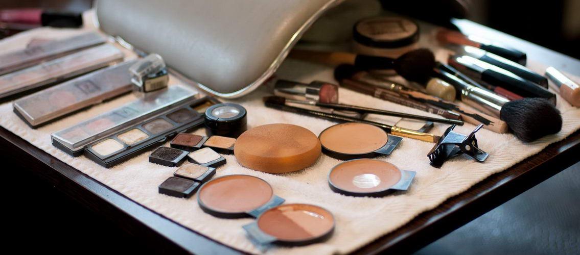 Entete-maquillage