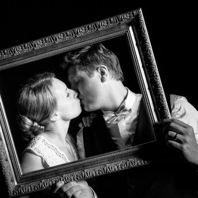 Mariage au château du taillis à Duclair - Soirée - Portrait N&B